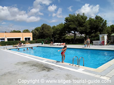 The pool at Camping Garrofer