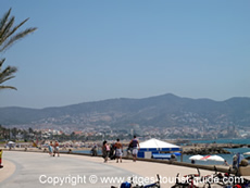 People relaxing in Sitges