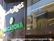 Supermarkets in Sitges, Spain: Food Shops in Sitges Centre